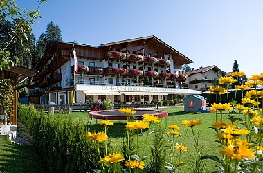 Hotel Alpenpanorama in summer